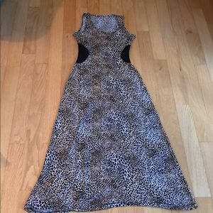Dresses & Skirts - Cheetah print dress